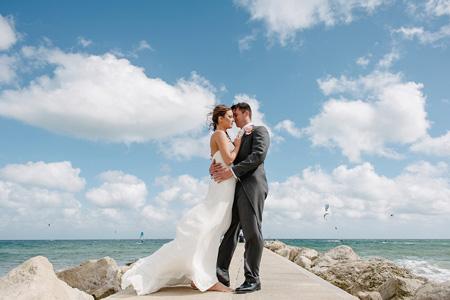 Bournemouth Wedding Photographer - Kelly & Terry's garden wedding