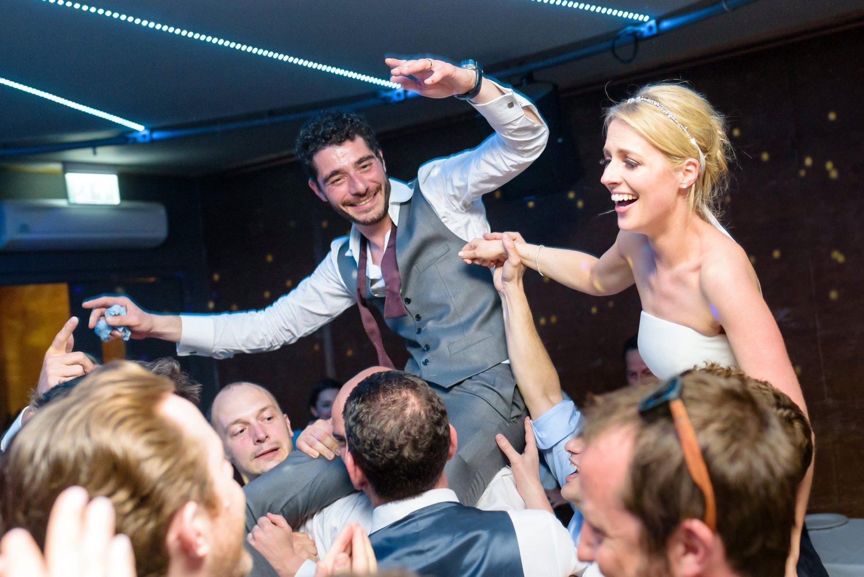 plate smashing at greek wedding