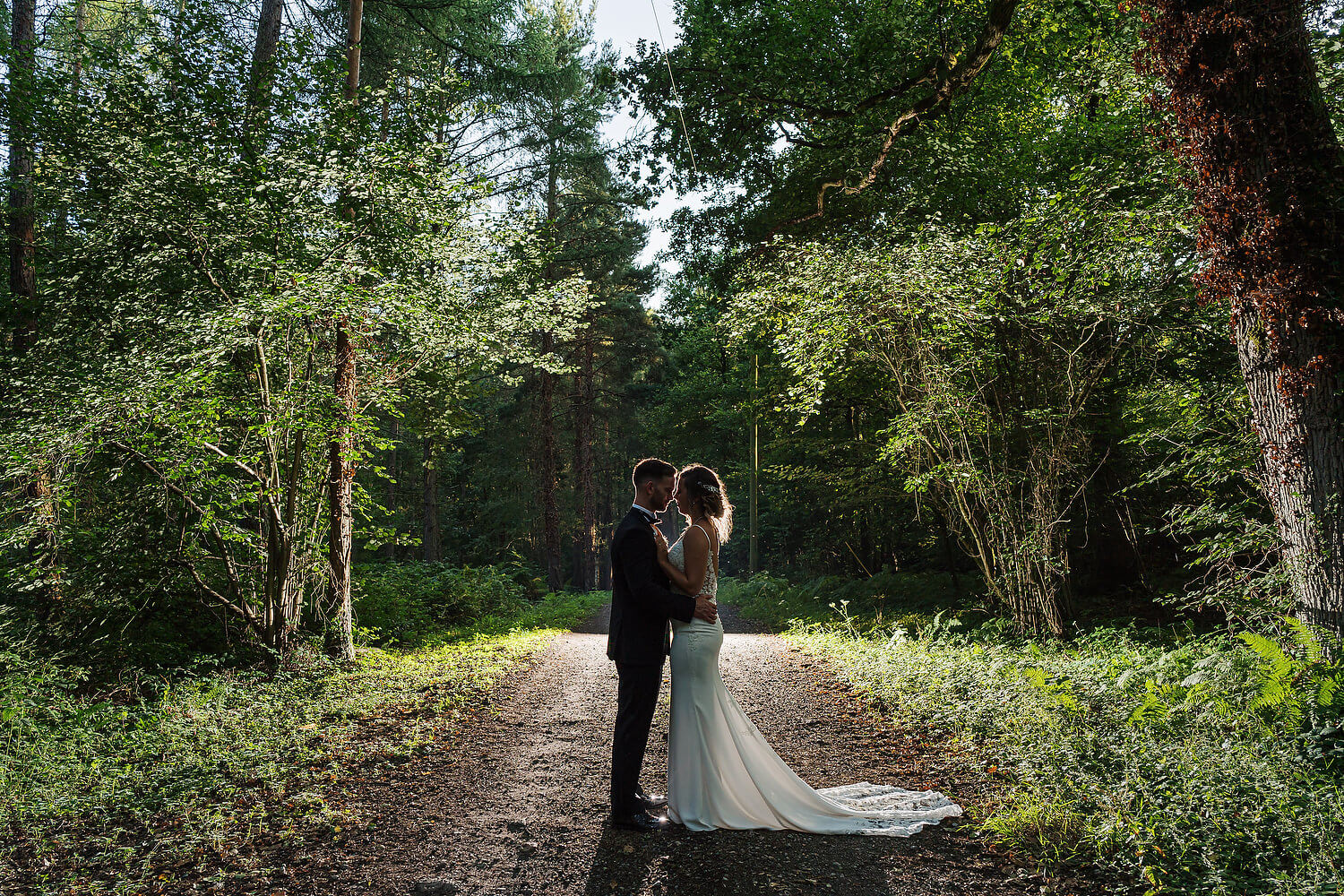 wedding photography at lythe hill hotel
