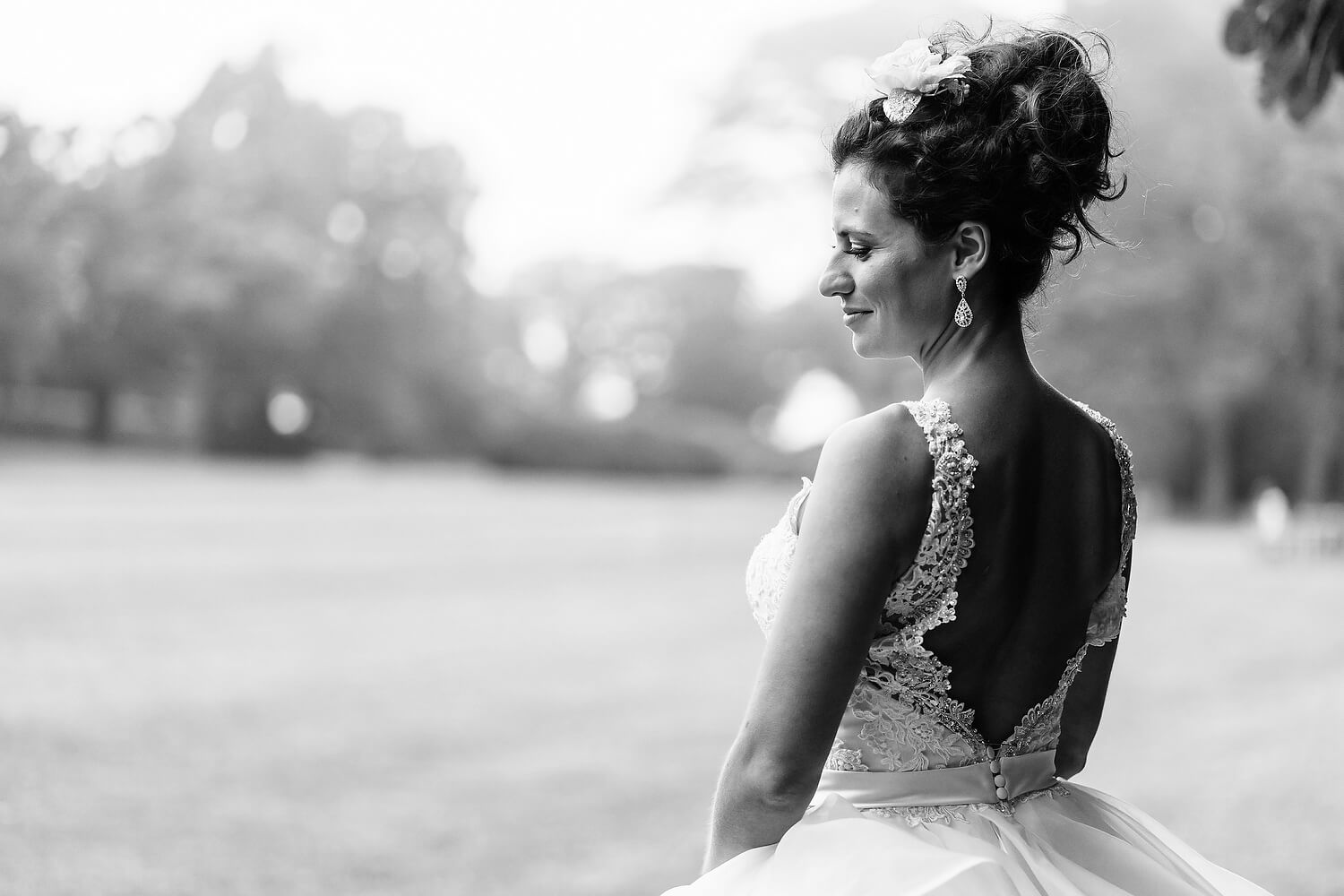 bride at lulworth castle